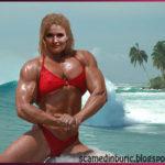 Dana Grecu naufragiază între canibali. Scapă nevătămată