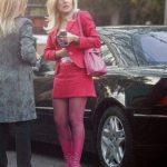 Deux piece-ul roz e noul costum de pușcăriaș