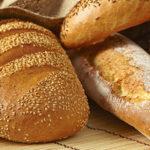 Am cumpărat cinci pâini, ca să îmi ajungă până după Paște
