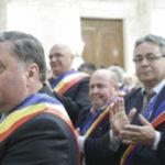 Dragnea și primarii de comune: Hoți pentru unu și unu pentru hoți