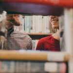 Sapiosexual stătut acceptă să facă sex cu tipă care citește decât reviste glossy